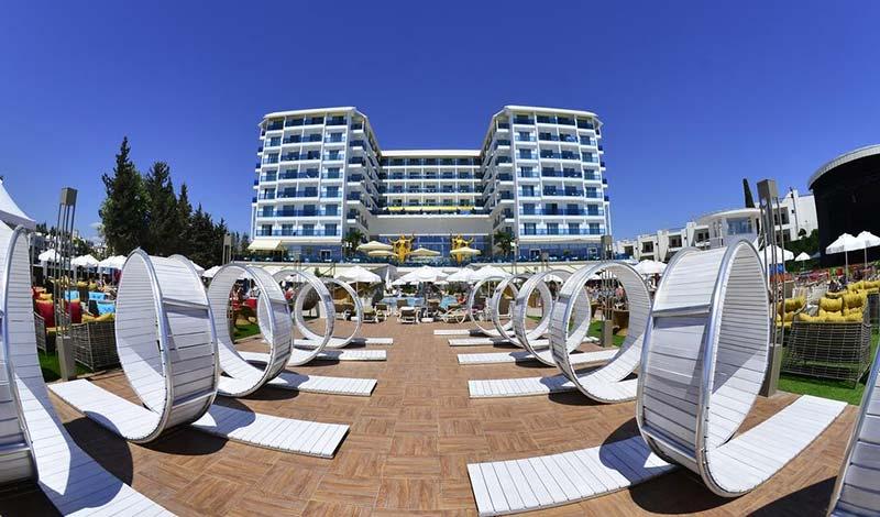 هتل آزورا دلوکس آلانیا