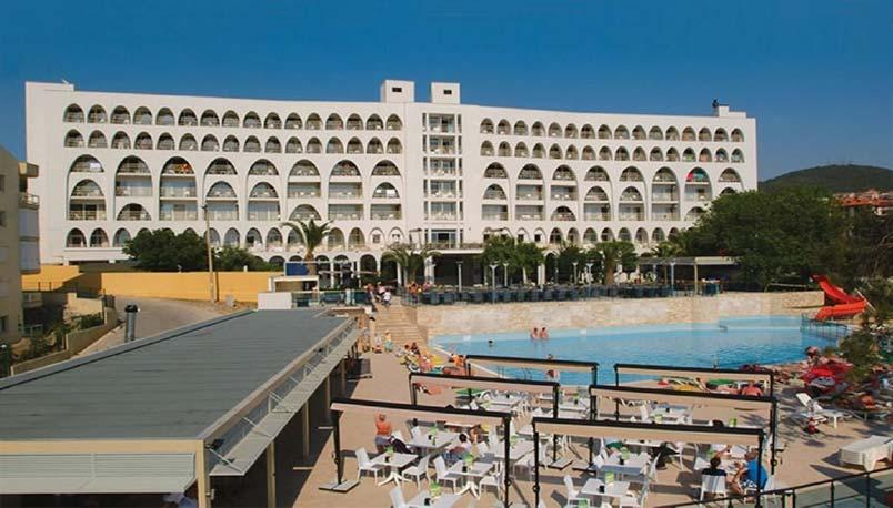 هتل گلدن دی وینگز کوش آداسی