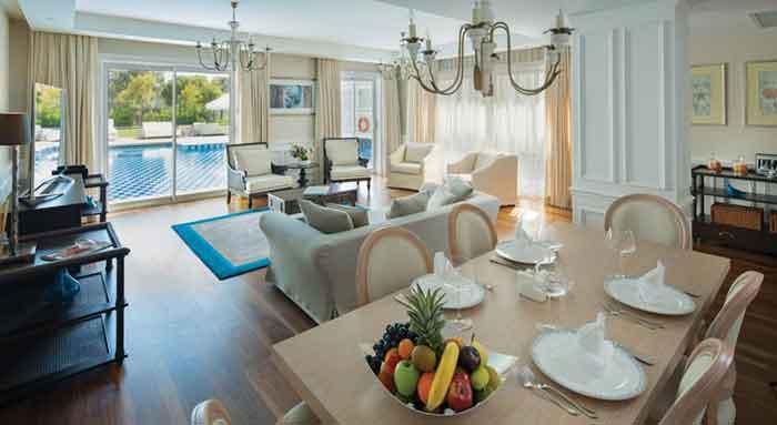هتل تایتانیک دلوکس آنتالیا